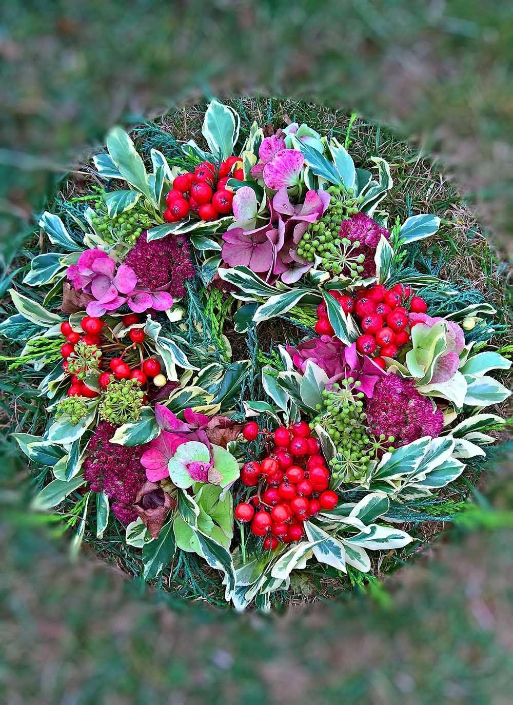 hydrangea-wreath-compressor.jpg